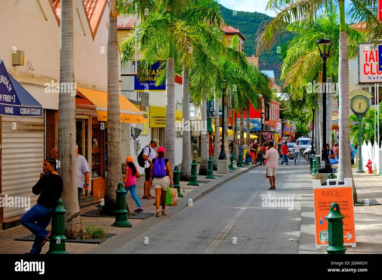 St Maarten Caribbean Cruise Celebrity line Island Vista Southern Caribbean Island Cruise from Miami Florida - Stock Image