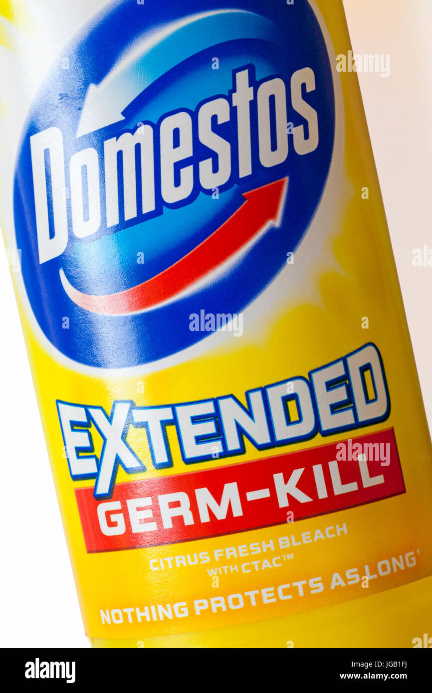 Domestos extended germ-kill citrus fresh bleach with CTAC nothing protects as long - Stock Image