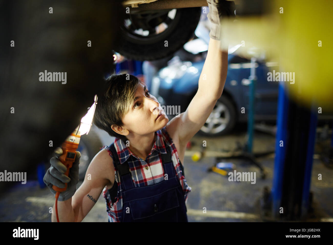 Car service worker - Stock Image