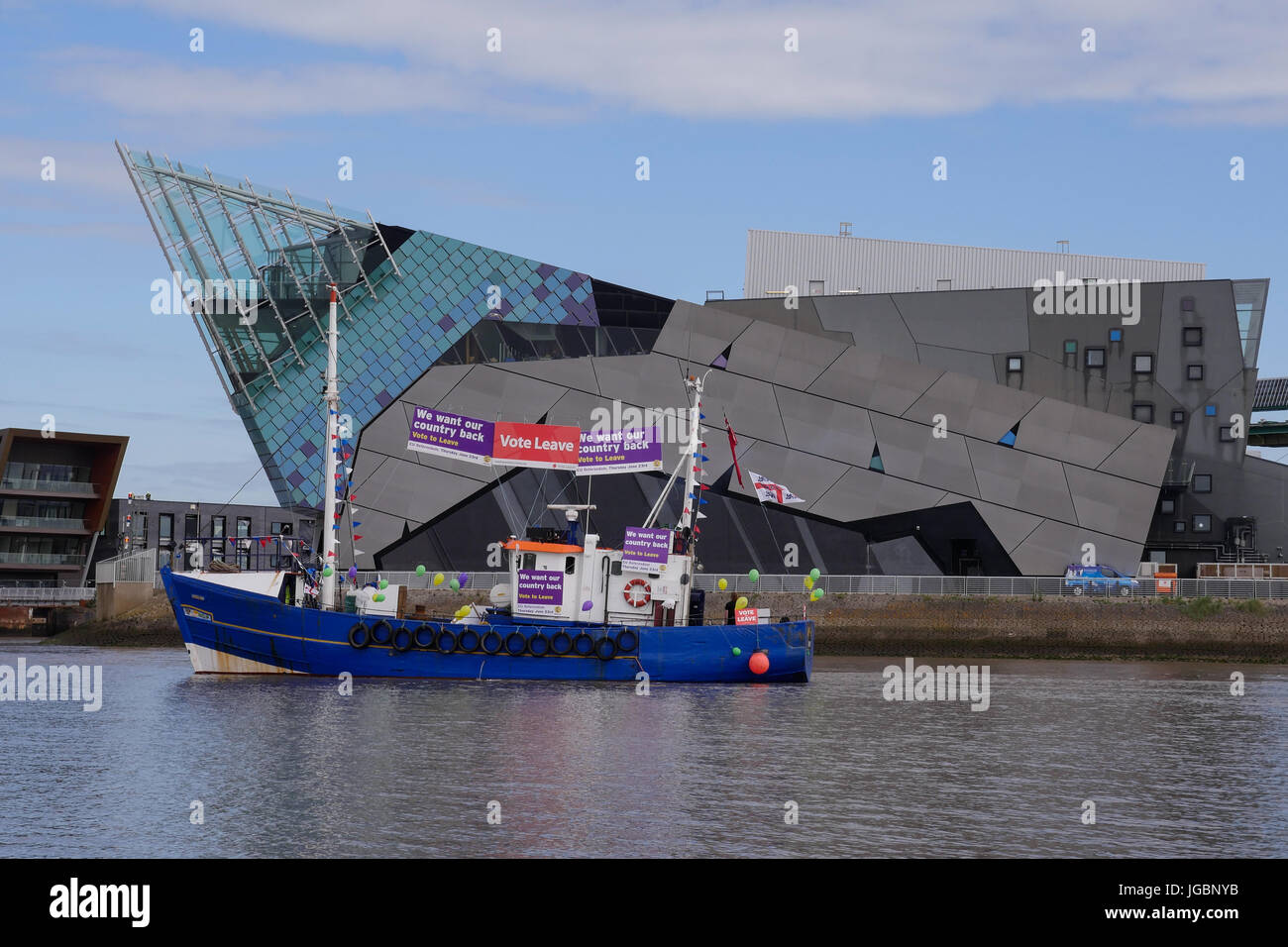A fishing boat supporting leave the European Union referendum campaign. Part of the protest flotilla in The river - Stock Image