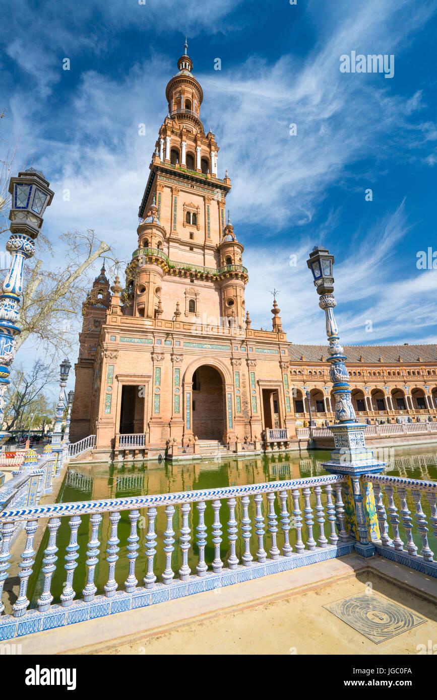 Built for the Ibero-american Exhibition of 1929 Plaza de España Seville, Andalucia, Spain. Stock Photo