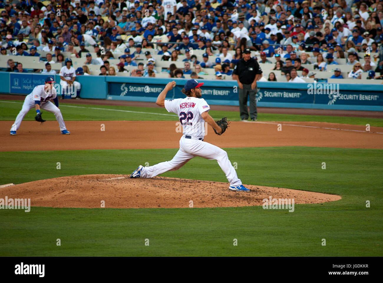 Dodger ace pitcher Clayton Kershaw with rookie first baseman Cody Bellinger looking on at dodger Stadium in Los - Stock Image