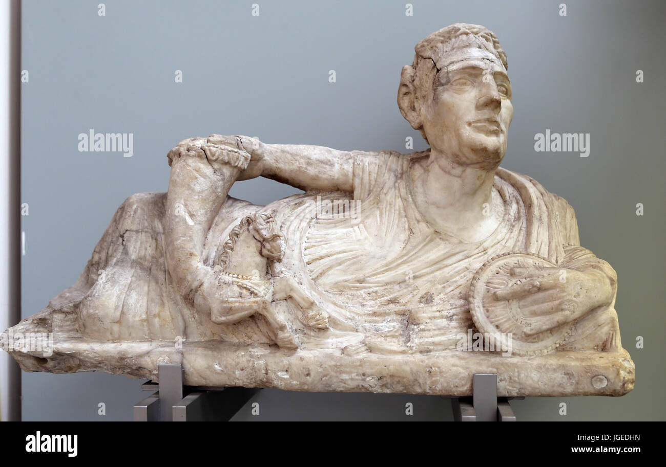 Alabaster lid a cinerary urn with a figure of a reclining man. Etruscan, 200-100 BC. Volterra, Italy. British Museum. - Stock Image