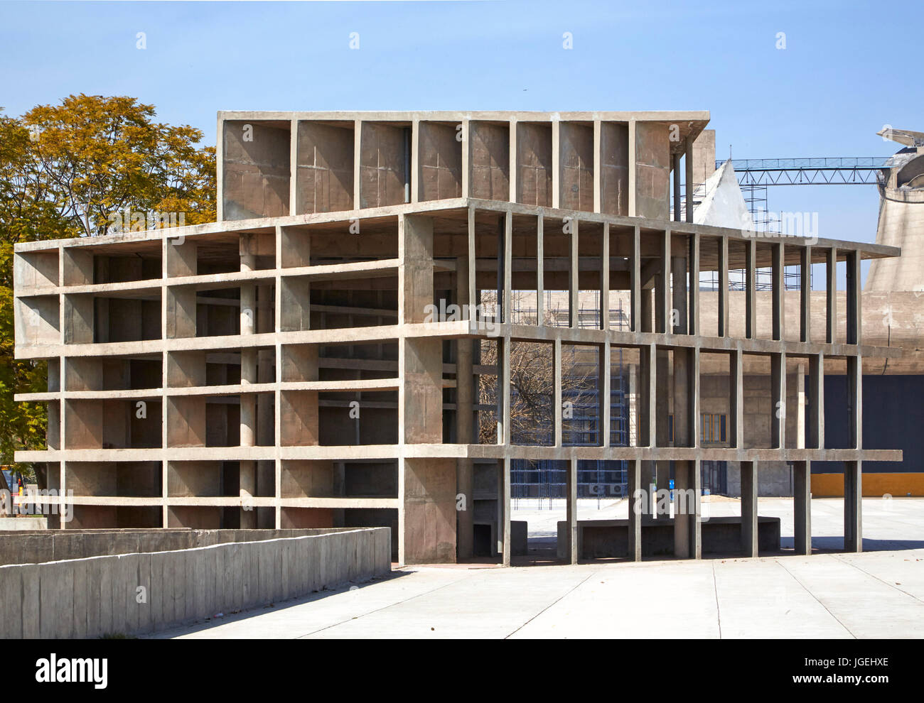 Tower of Winds structure. The Palace of Justice, Chandigarh, India. Architect: Corbusier, 1955. - Stock Image