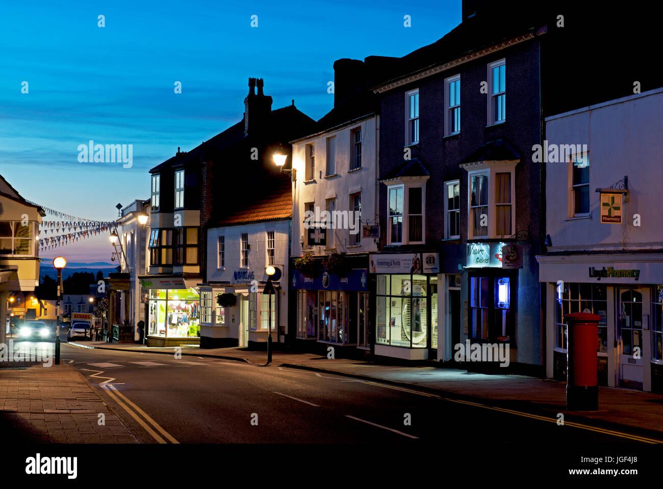 Dusk in Thornbury, Gloucester, England UK Stock Photo