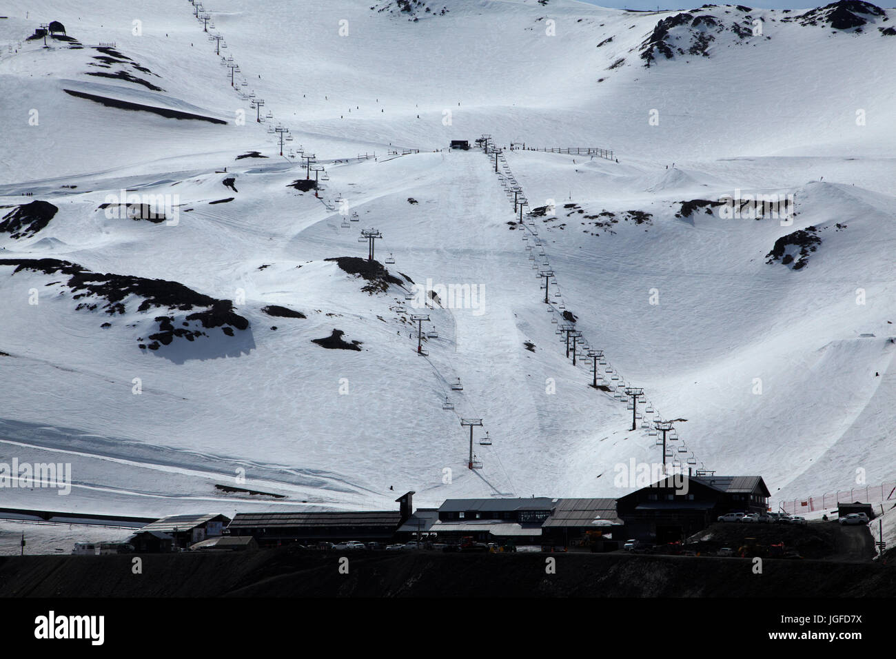 Chairlifts, Mount Hutt Ski Area, Mid Canterbury, South Island, New Zealand Stock Photo