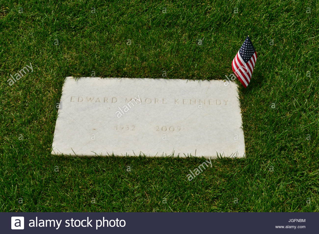 Edward M. Kennedy's grave at Arlington National Cemetery. - Stock Image