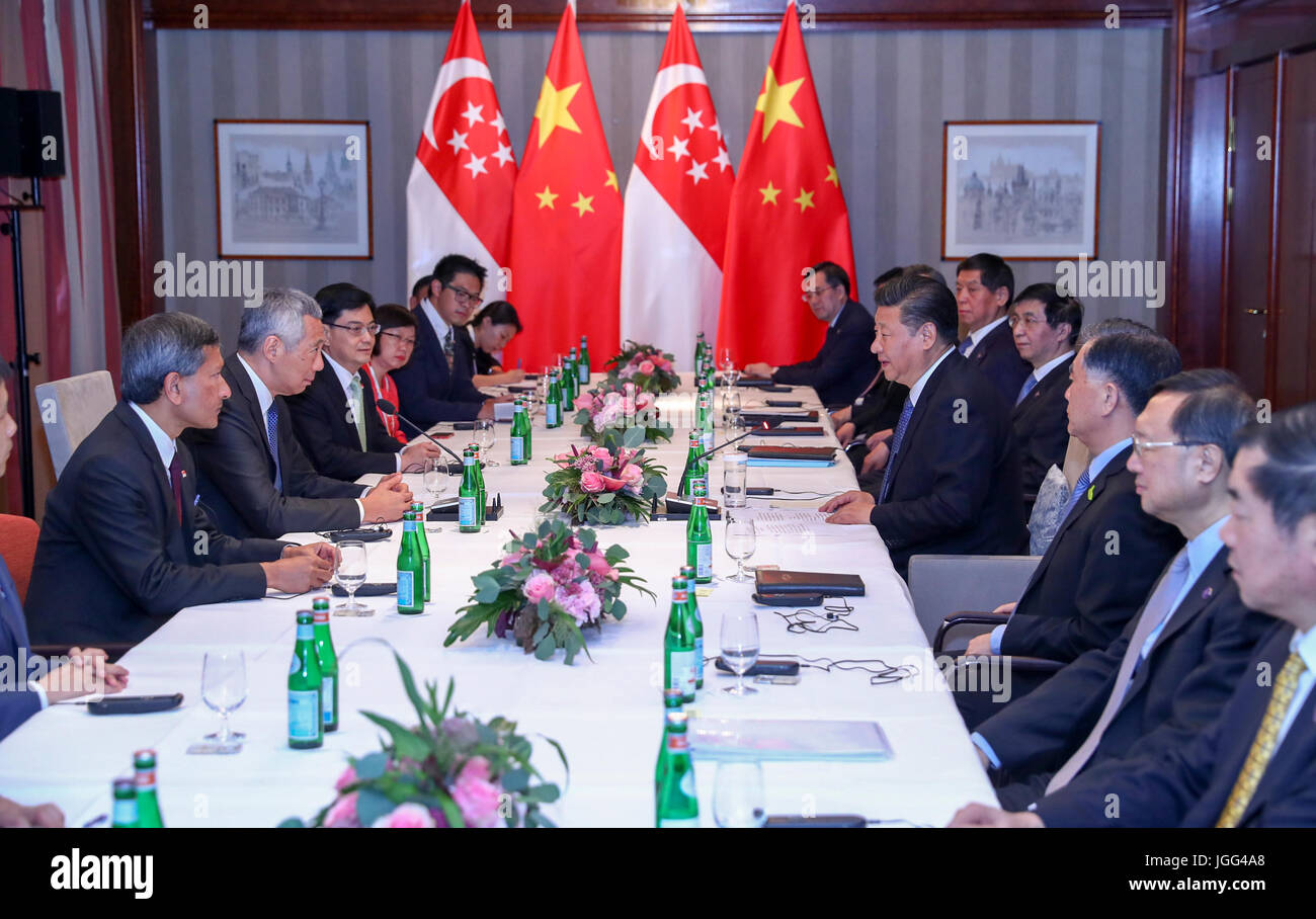 Hamburg, Germany. 6th July, 2017. Chinese President Xi Jinping meets with Singaporean Prime Minister Lee Hsien Loong Stock Photo