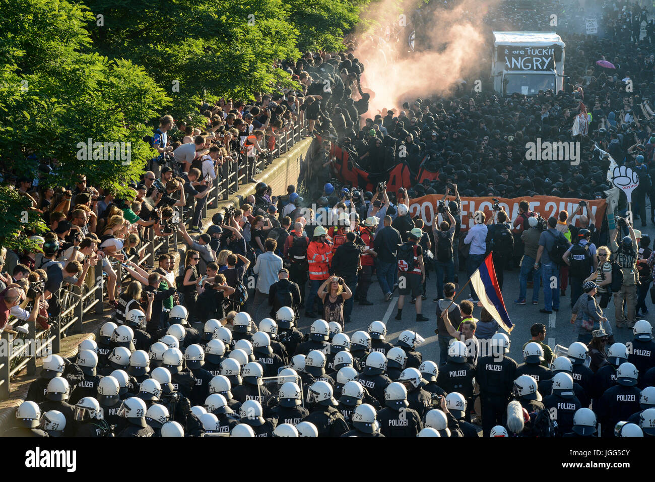 Hamburg, Germany. 6th July, 2017. fish market, protest rally 'G-20 WELCOME TO HELL' against G-20 summit - Stock Image