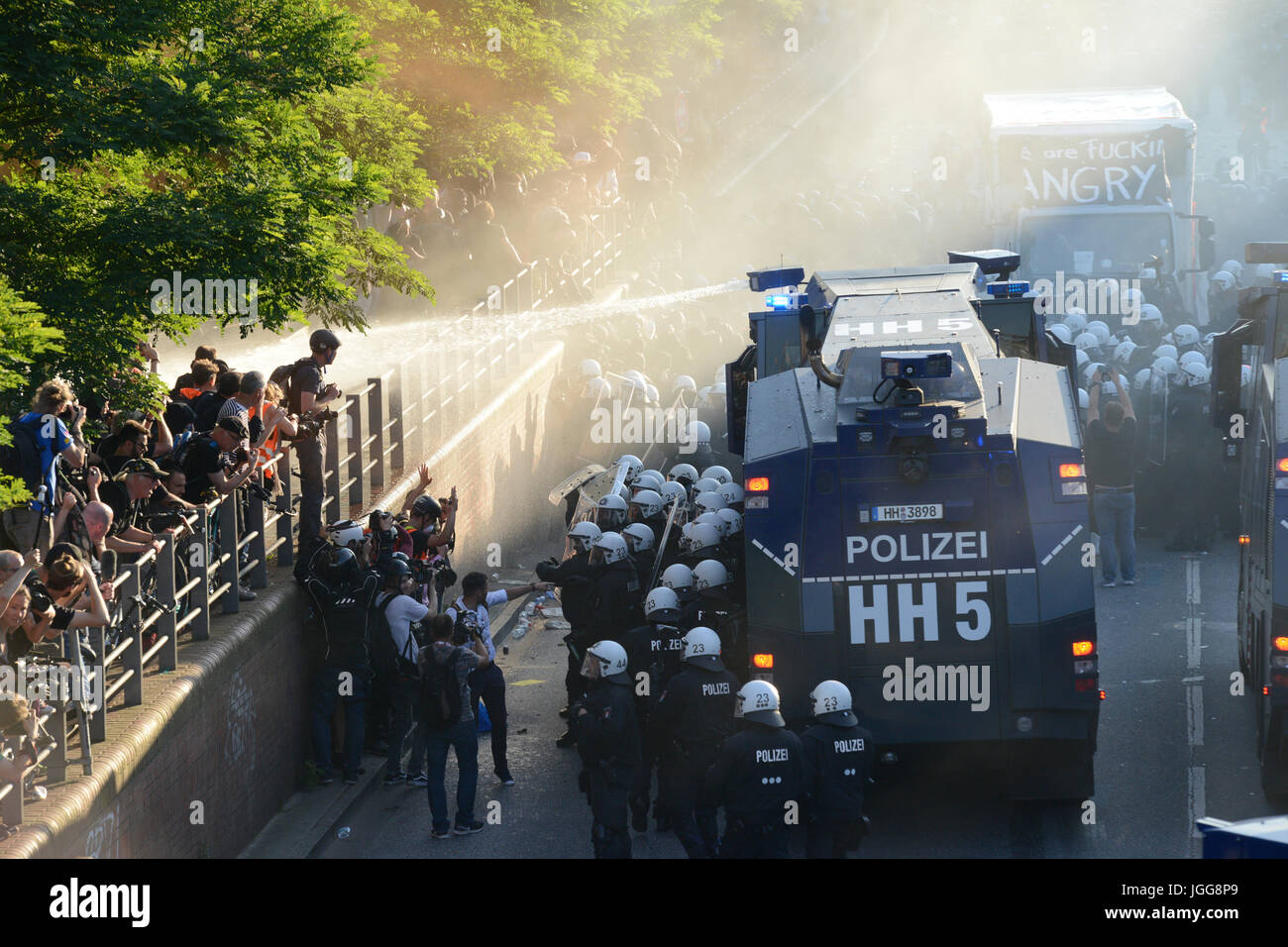Hamburg, Germany. 6th July, 2017. GERMANY, Hamburg, protest rally 'WELCOME TO HELL' against G-20 summit, - Stock Image