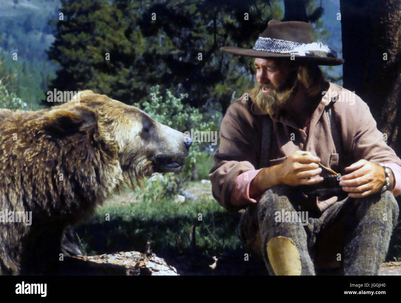 THE LIFE AND TIMES OF GRIZZLY ADAMS  NBC tv series 1977-1978 with Dan Haggerty and Bart the Bear - Stock Image