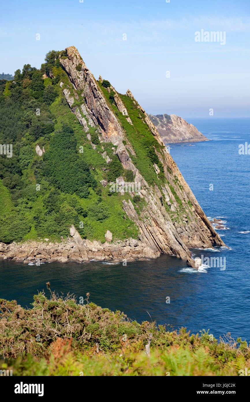 At Pasajes (Guipuzkoa - Spain), the mouth of the fjord seen from the vantage point of the right bank tip. - Stock Image