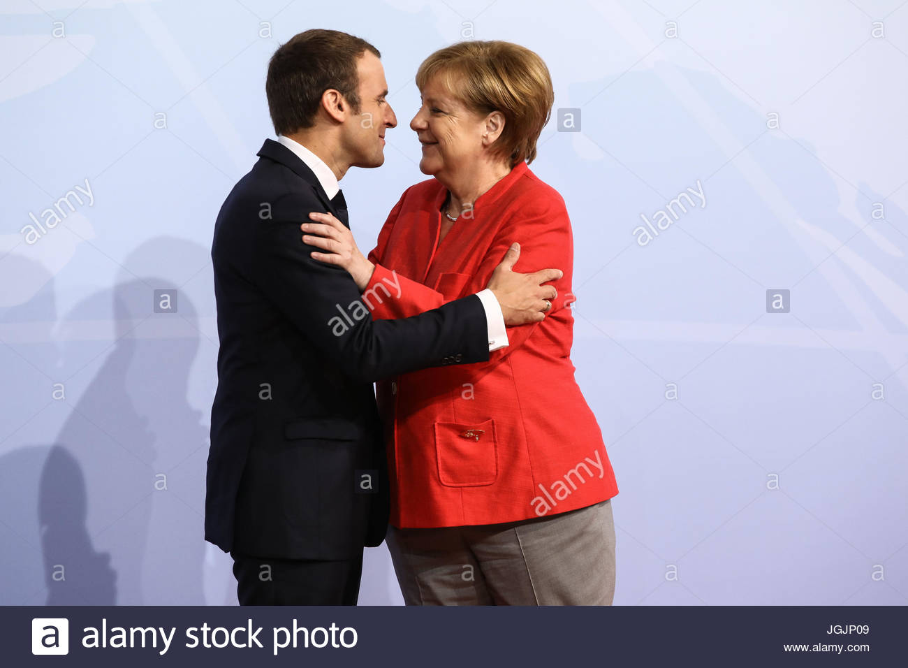 Hamburg, Germany. 7th Jul, 2017. Emmanuel Macron, president of France welcomes by German chancellor Angela Merkel - Stock Image