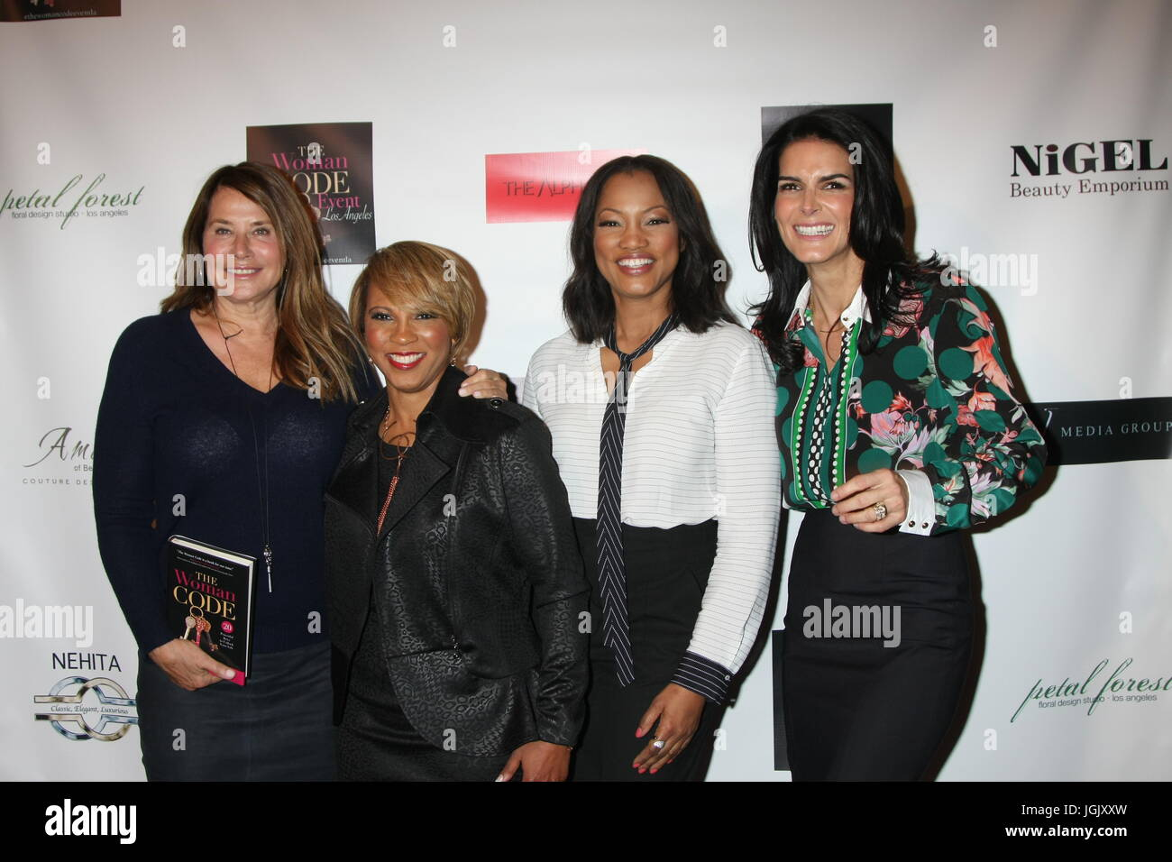 Los Angeles, CA, USA. 29th Jan, 2016. LOS ANGELES - JAN 29: Lorraine Bracco, Sophia A. Nelson, Garcelle Beauvais, - Stock Image