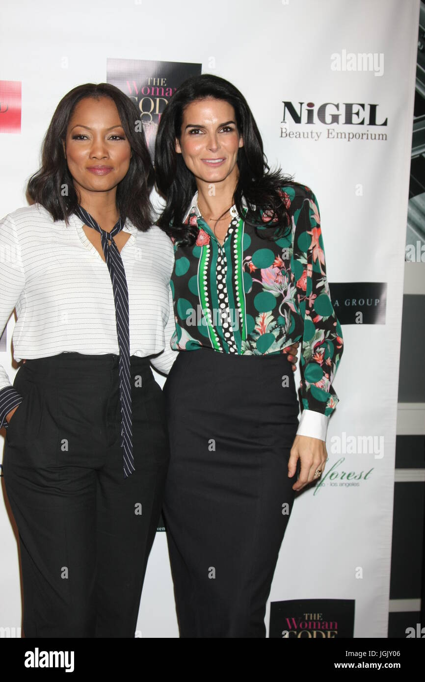 Los Angeles, CA, USA. 29th Jan, 2016. LOS ANGELES - JAN 29: Garcelle Beauvais, Angie Harmon at the An Evening with - Stock Image