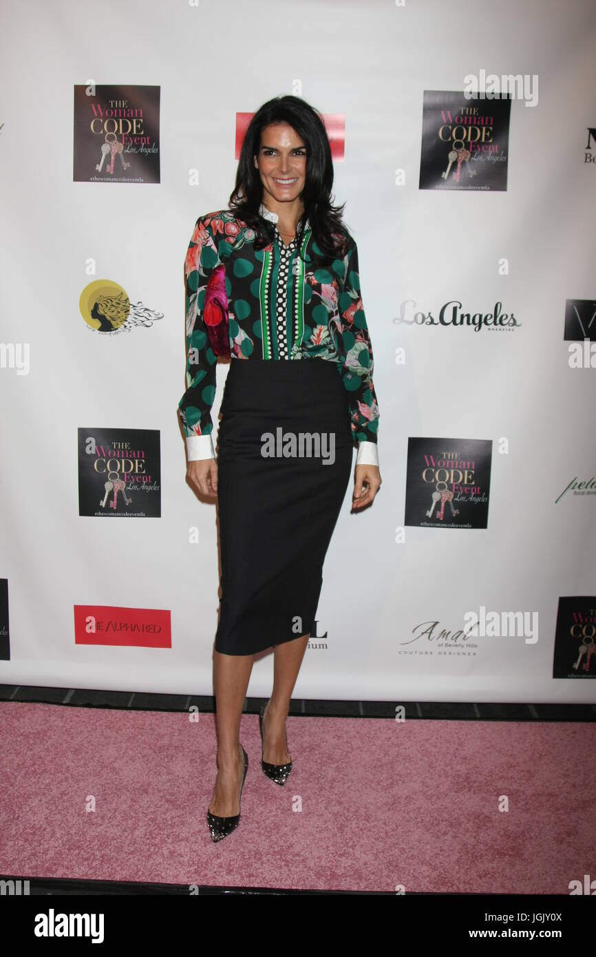 Los Angeles, CA, USA. 29th Jan, 2016. LOS ANGELES - JAN 29: Angie Harmon at the An Evening with The Woman Code Event - Stock Image