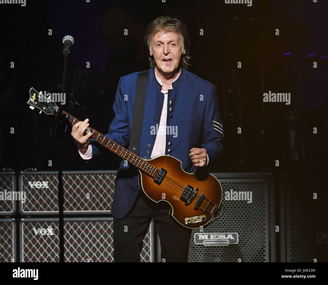 Miami, FL, USA. 07th July, 2017. Paul McCartney performs on the opening night of his One On One tour at the AmericanAirlines - Stock Image