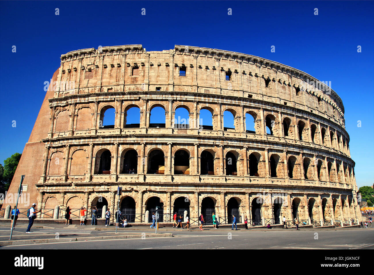 """The Colosseum (""""Colosseo""""), also known as the """"Flavian Amphitheatre""""), Rome, Italy Stock Photo"""