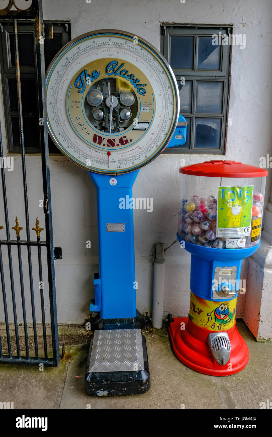 Penarth, Wales - May 21, 2017: WSG coin operated weighing machine on Penarth Pier, standing by the wall. - Stock Image