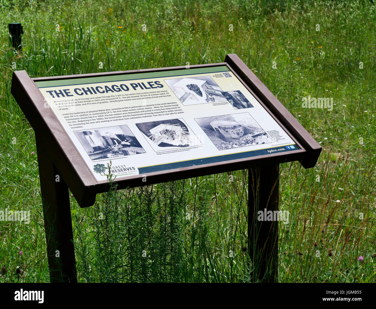 Interpretive sign at Site A describing Chicago Piles, Former Manhatten Project research facility, Red Gate Woods, - Stock Image