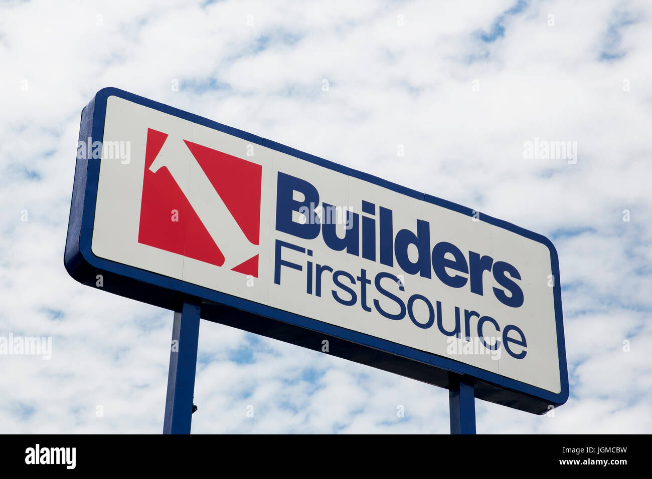 Builders Firstsource Stock Photos & Builders Firstsource
