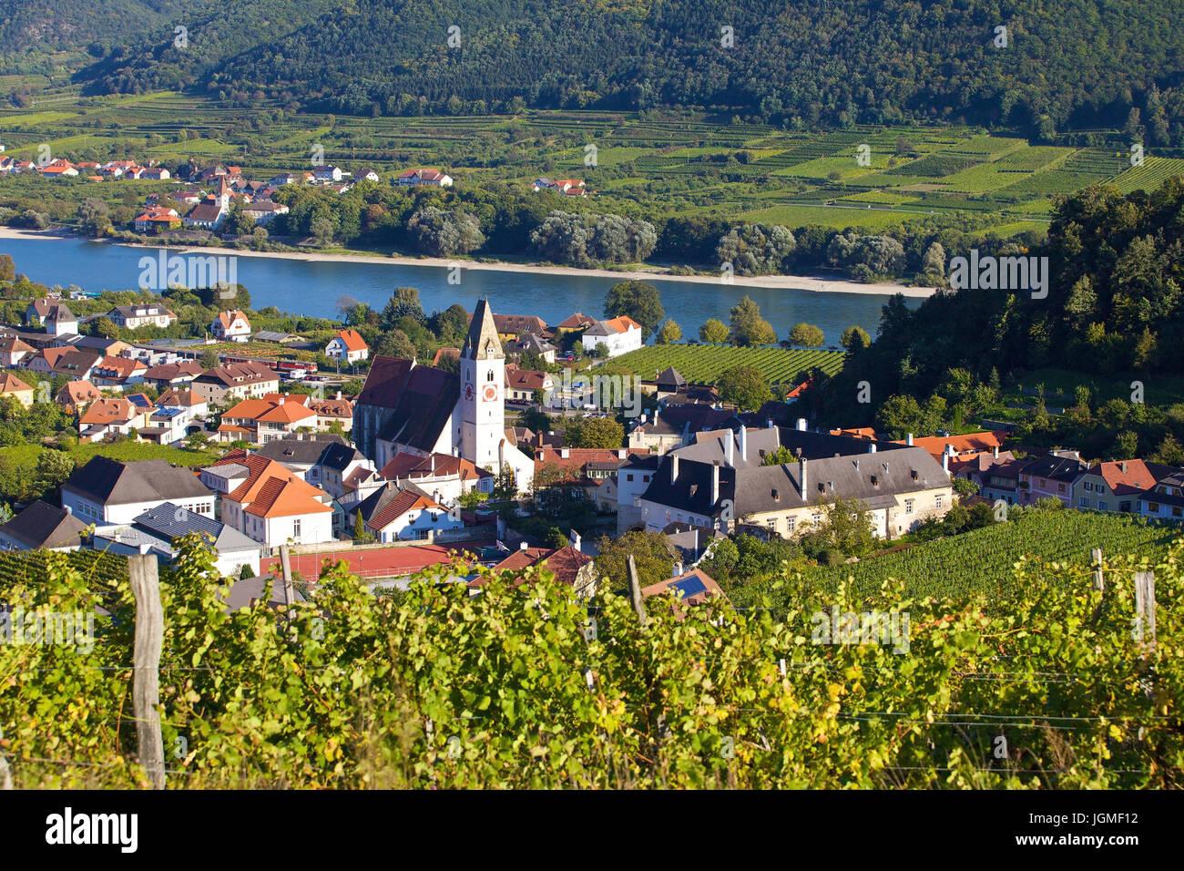 Spitz / the Danube, O ? ss ? sterreich, Niedero ? ss ? sterreich, Wachau - Village of spitz / the Danube, Austria, Lower Austria, Wachau region, Spitz Stock Photo