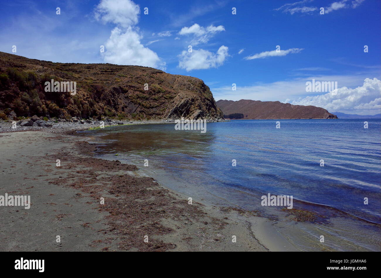 Breath taking view of a beach on the Isla Del Sol on Lake Titicaca - Stock Image