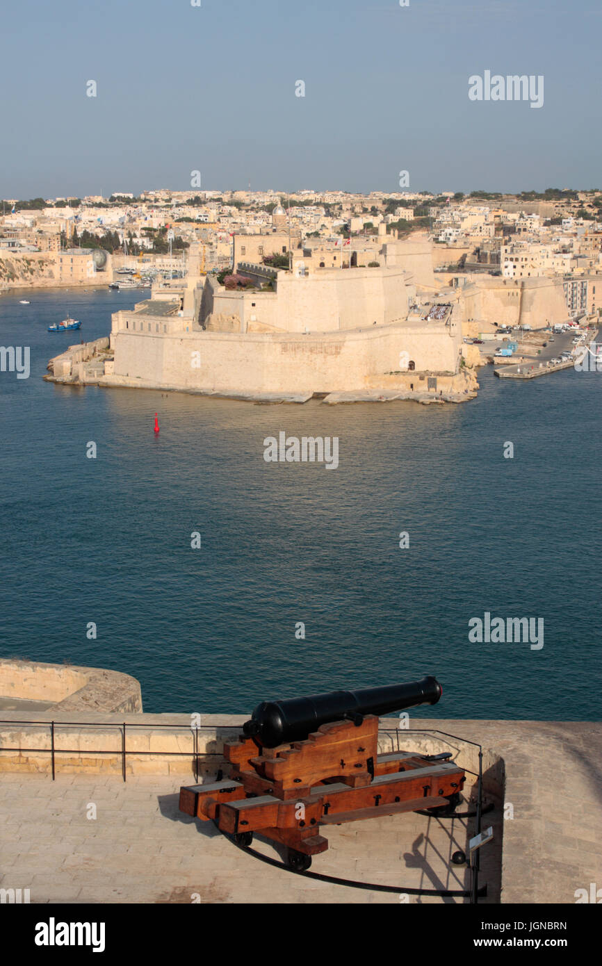 Fort St Angelo, Grand Harbour, Malta. View from the Upper Barrakka in Valletta. Maltese and European history. - Stock Image