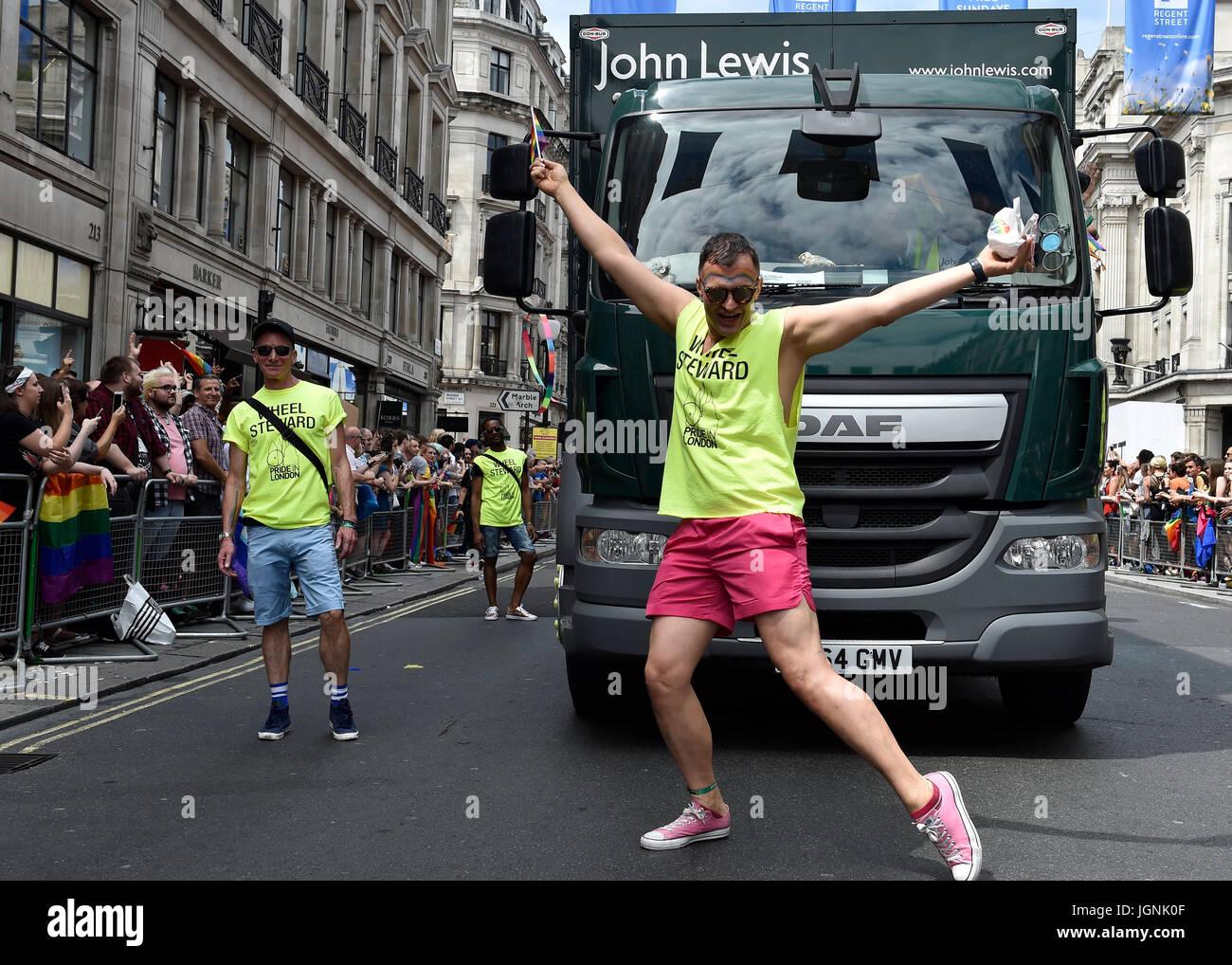 London, UK. 08th July, 2017. A wheel Steward danced during Pride In London on Saturday. Photo : Taka G Wu Credit: - Stock Image