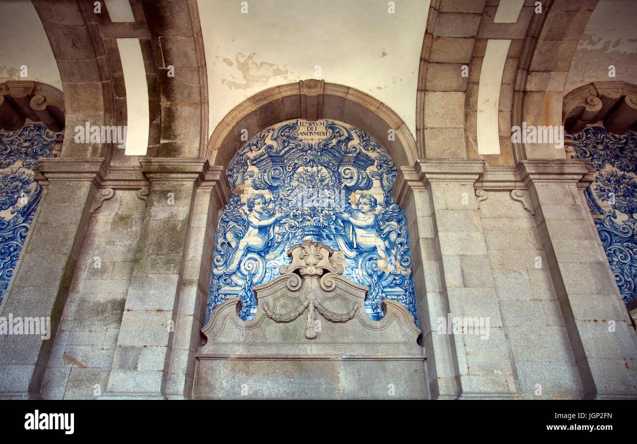 Sé Cathderal Azulejos in Porto - Portugal - Stock Image