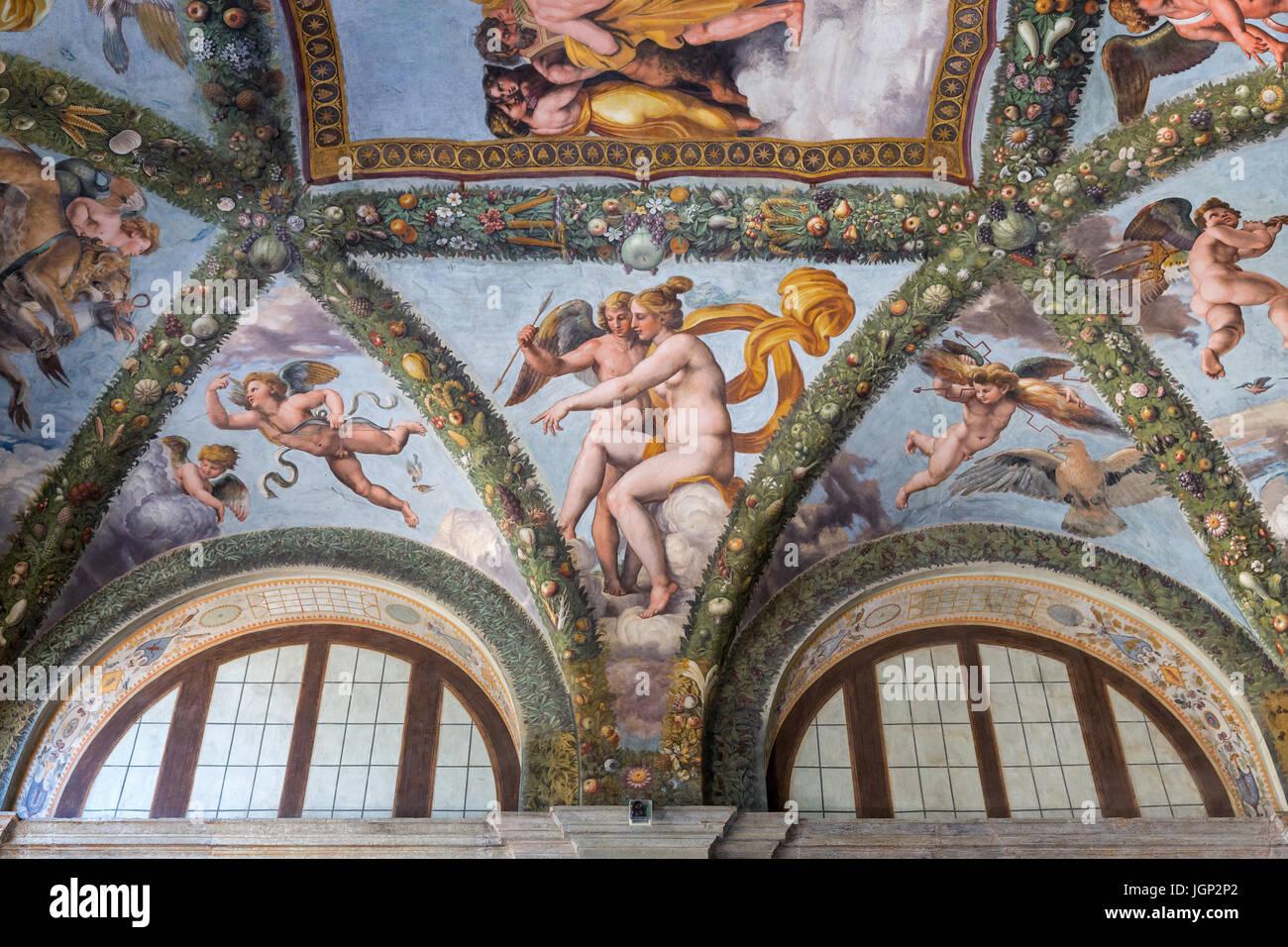 Venus and Cupid, fresco by Raffellino del Colle, Villa Farnesina, Rome, Italy - Stock Image