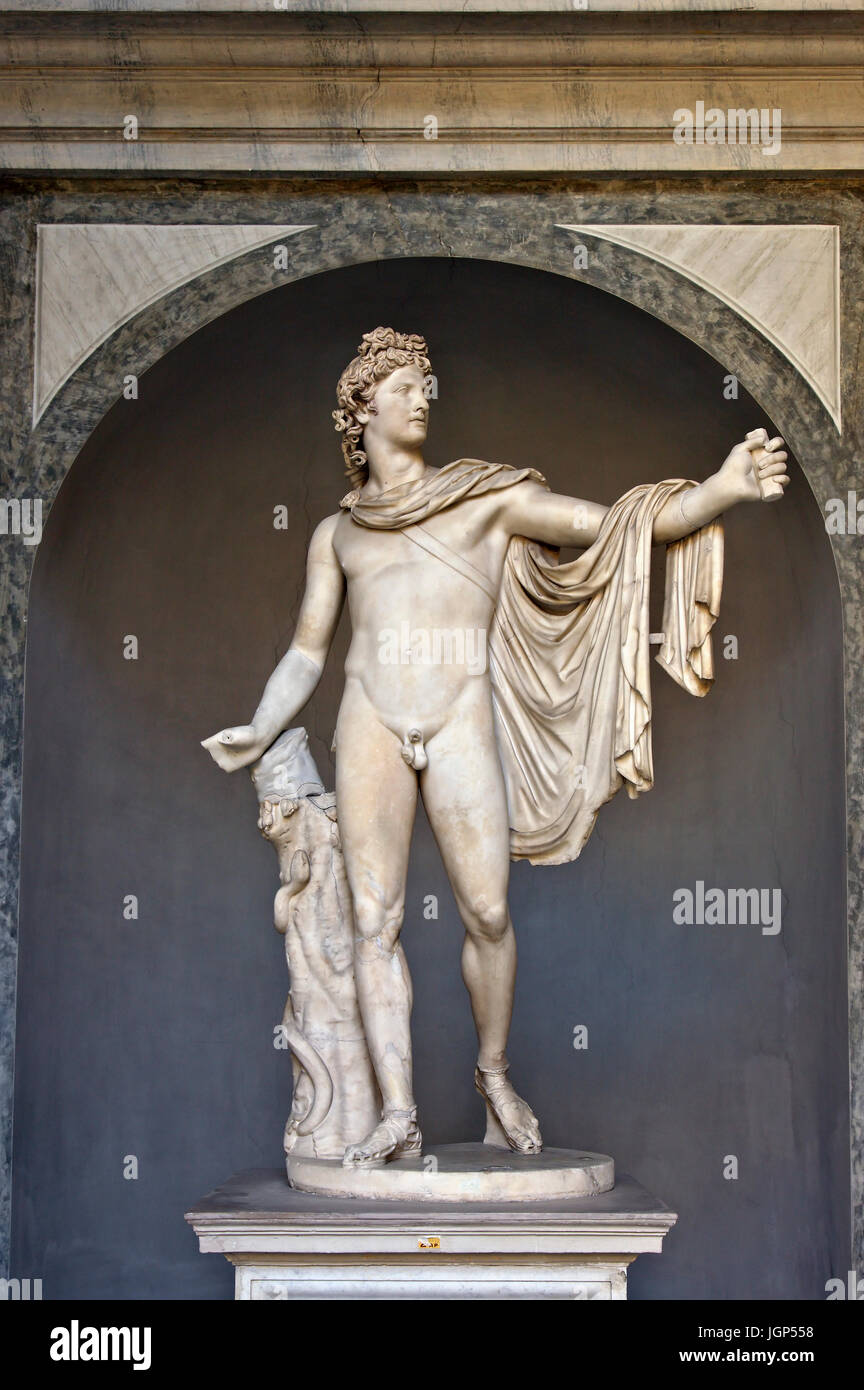 The statue of Apollo Belvedere in the Cortile Ottagono (Octagonal Courtyard), Museo Pio-Clementino, Vatican Museums. - Stock Image