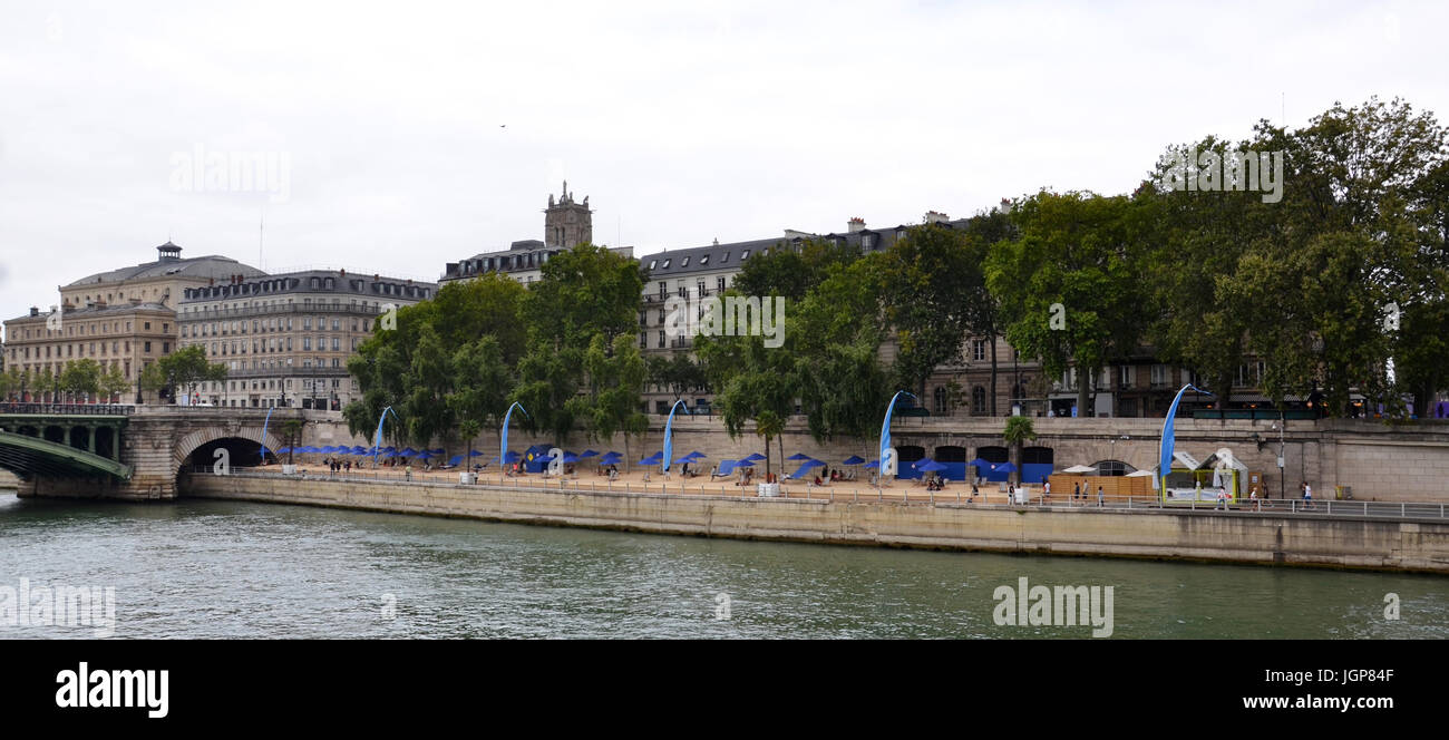 PARIS - AUG 8:  Paris-Plages, an artificial beach along the Seine in Paris, France is shown on August 8, 2016. They - Stock Image