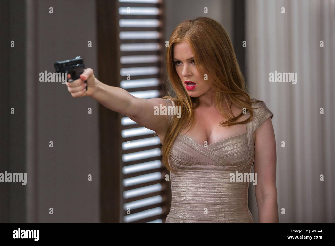 Keeping Up With The Joneses Download: KEEPING UP WITH THE JONESES (2016) ISLA FISHER GREG