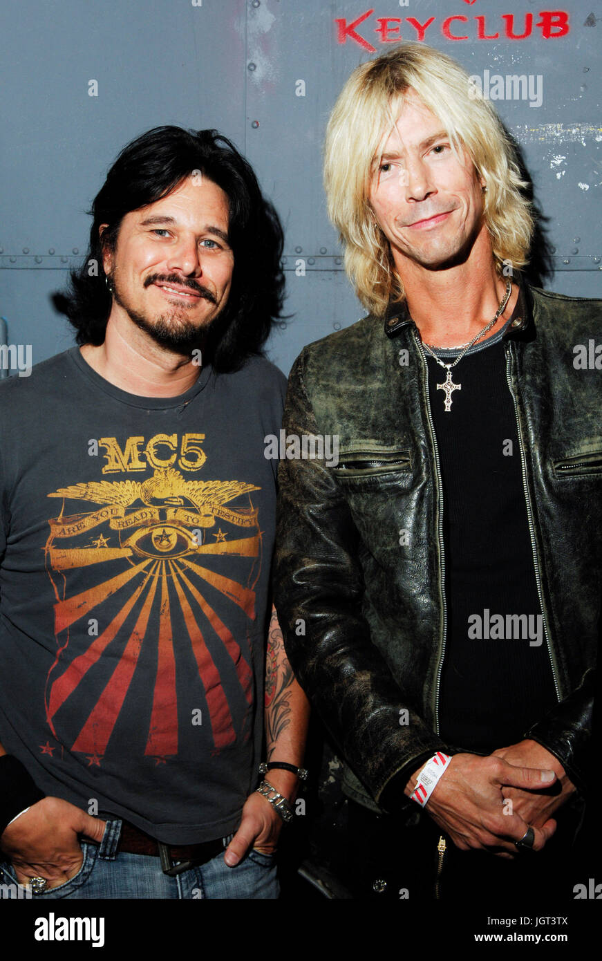 Gilby Clarke,Duff Mckagan backstage 20 year anniversary Guns N' Roses 'Appetite for Destruction' Adler's - Stock Image