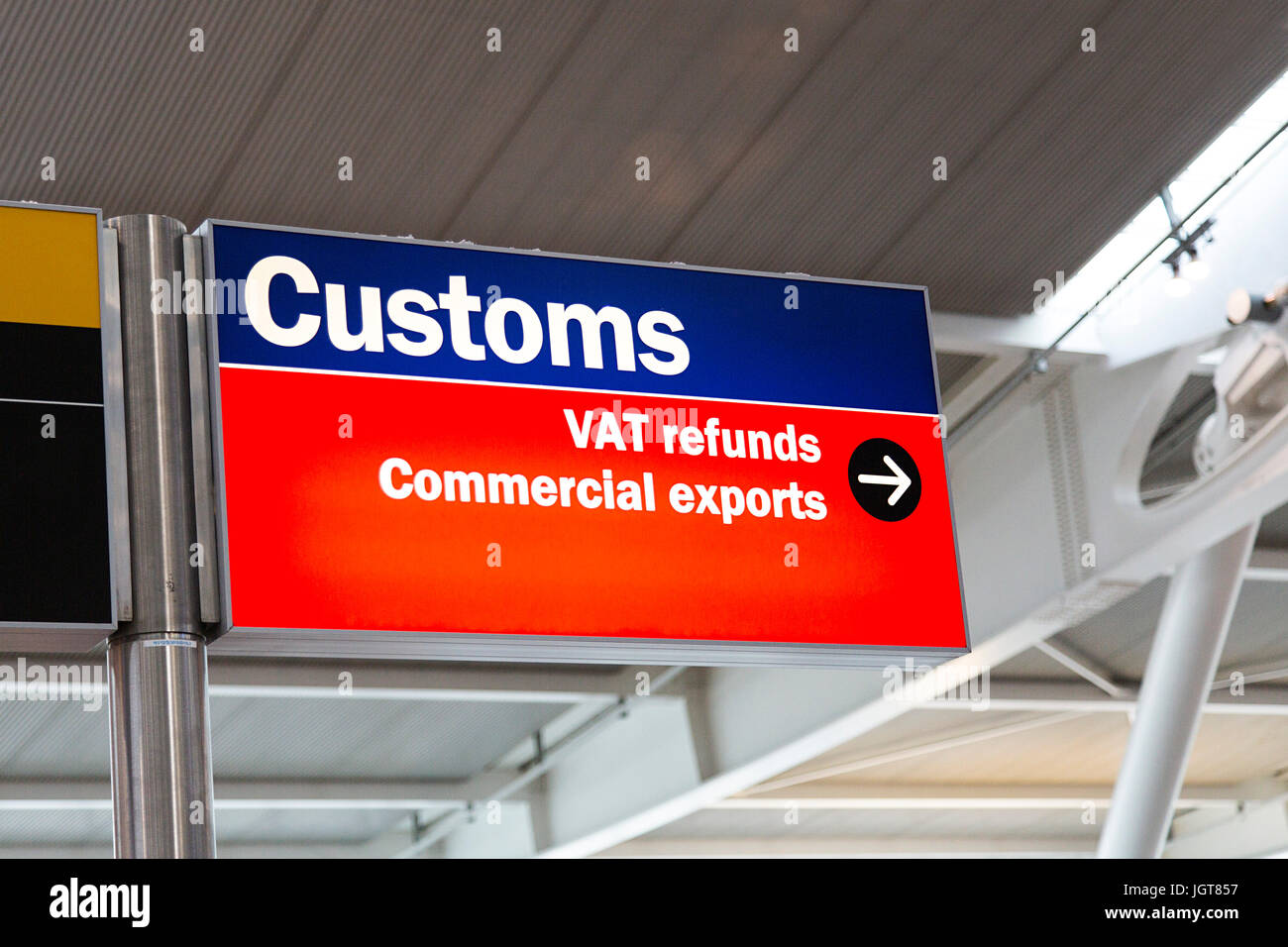Customs and VAT Refund Sign Heathrowcrime Airport - Stock Image
