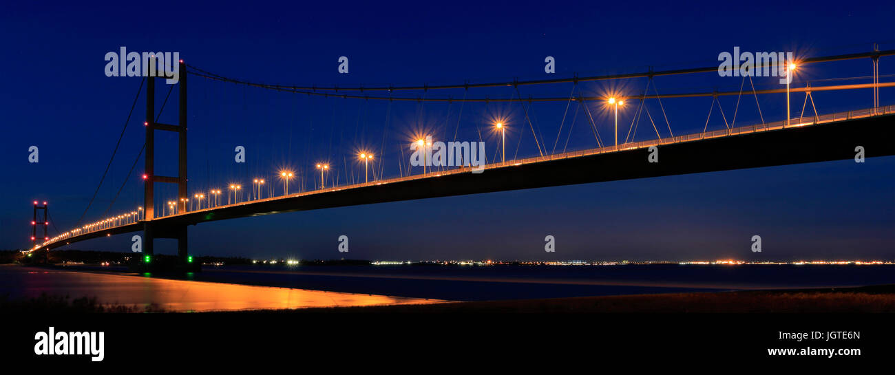 Humber Bridge at night, from Barton-upon-Humber village side, East Riding of Yorkshire, England - Stock Image