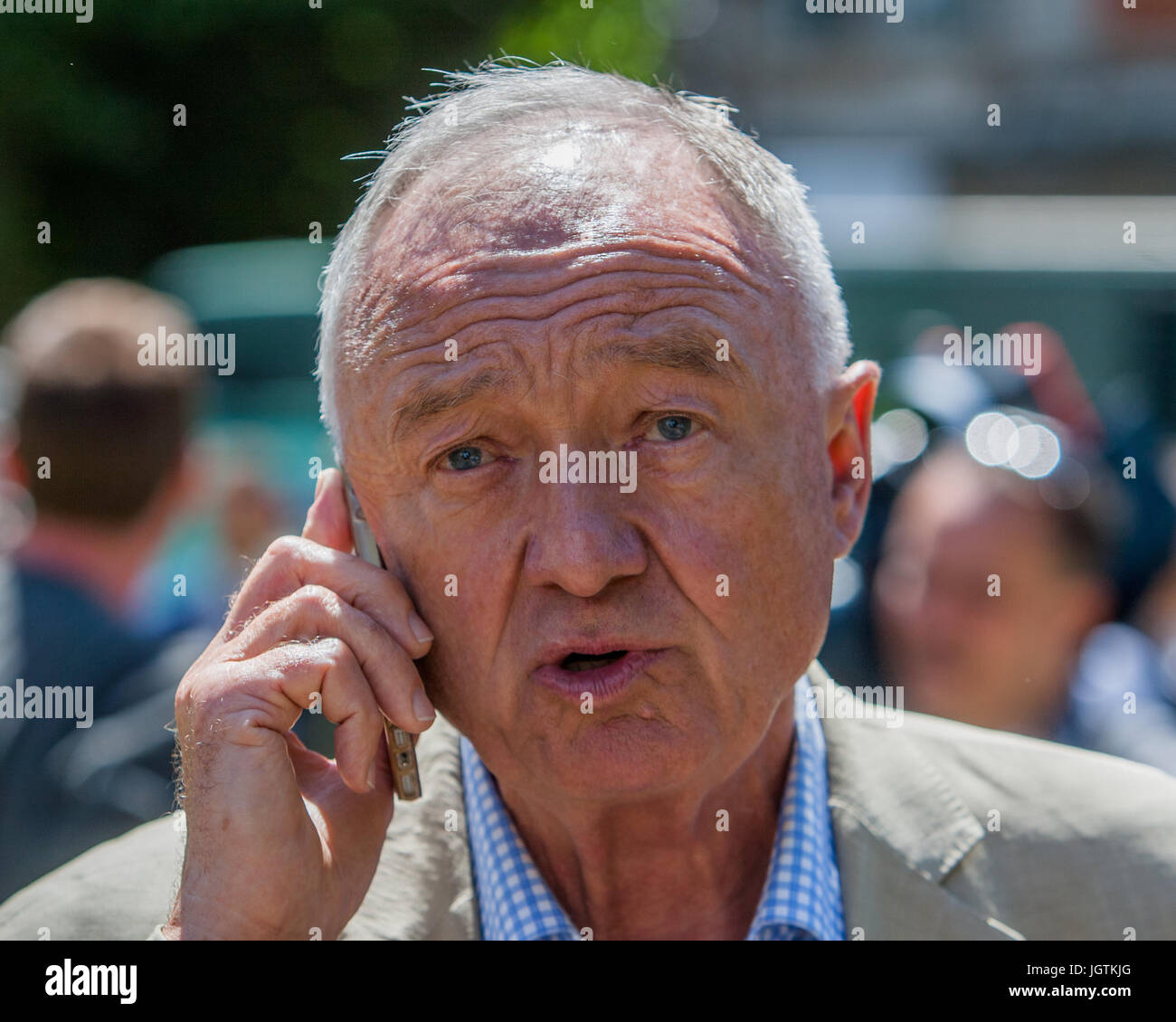 Politicians interviewed on College Green in Westminster after the General Election 2017  Featuring: Ken Livingstone - Stock Image