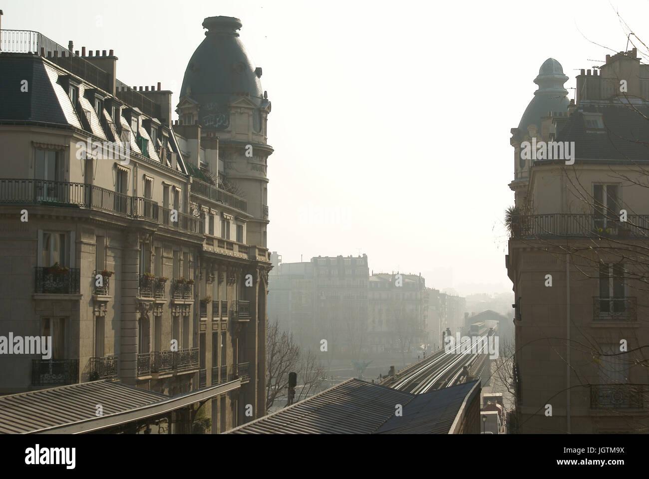 Métro aérien, Passy, 16° arrondissement, Ile-de-France, Paris, France - Stock Image