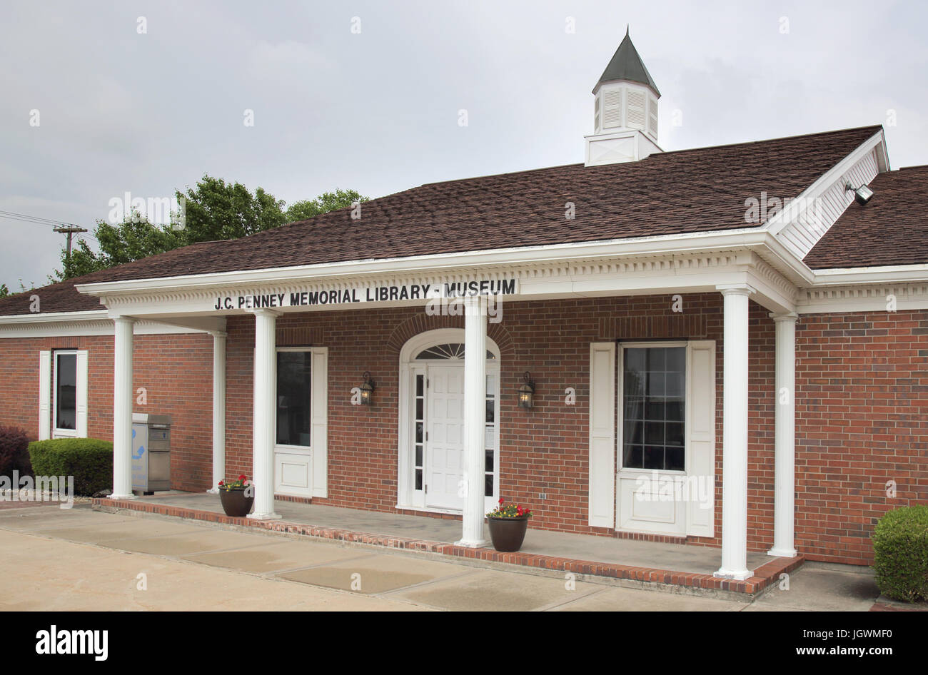 the j c penny library in hamilton missouri - Stock Image