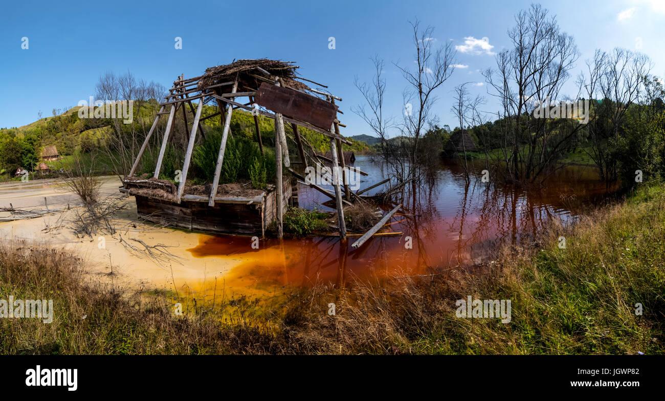 Geamăna tailings toxic lake - Stock Image