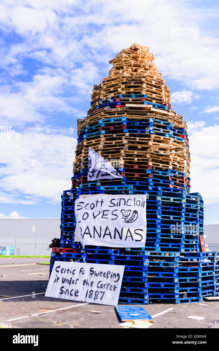 Belfast, Northern, Ireland. 11th July, 2017. Large bonfire built at Avoneil Leisure Centre for the annual 12th July - Stock Image