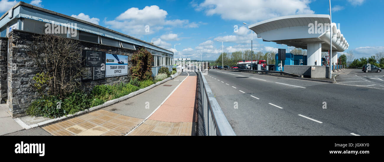 Picture by Paul Slater/PSI - Tamar Bridge Toll Booths, St Budeaux, Plymouth. - Stock Image