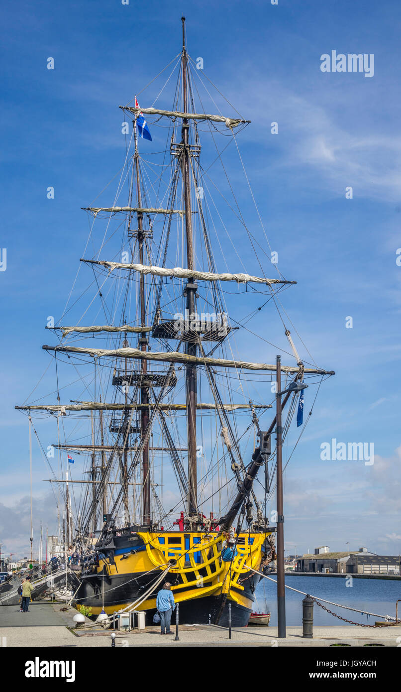 France, Brittany, Saint-Malo, Port, the three-masted frigate Etoille du Roy represents a Nelson-age warship - Stock Image