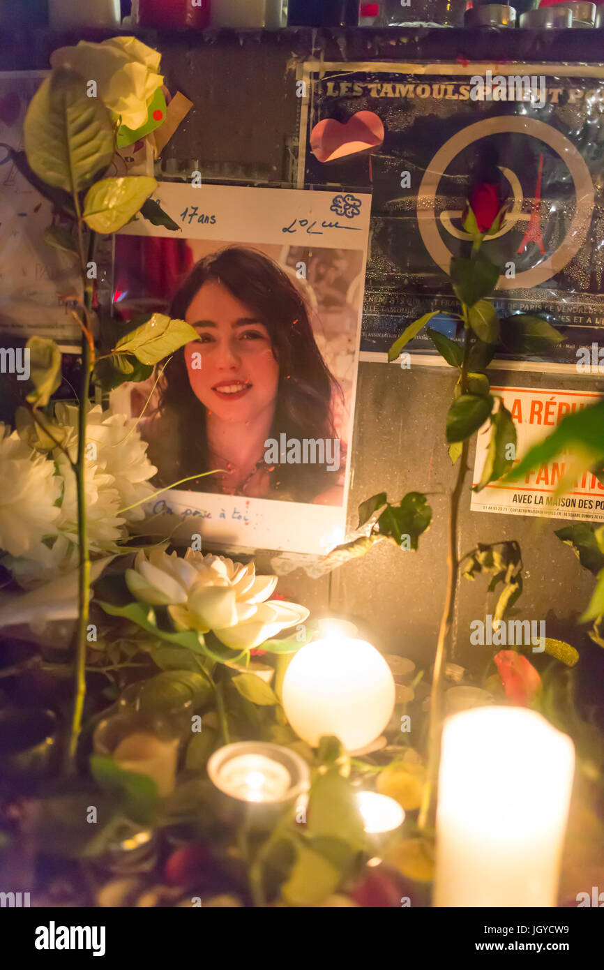 face of a victim. Spontaneous homage at the victims of the terrorist attacks in Paris the 13th of november 2015. - Stock Image