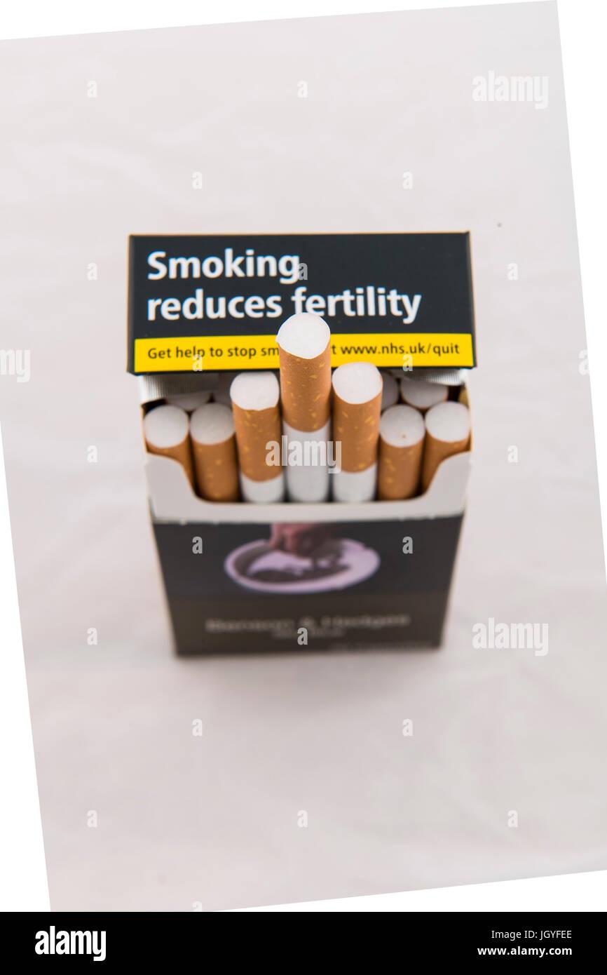 plain uk cigarette packaging - Stock Image