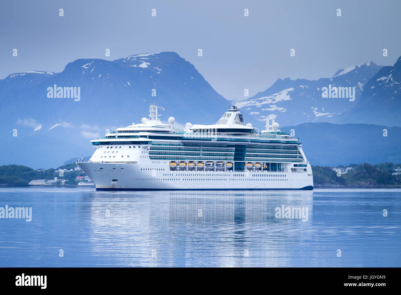 SERENADE OF THE SEAS inbound Alesund, a Radiance class cruise ship, that is owned and operated by Royal Caribbean - Stock Image