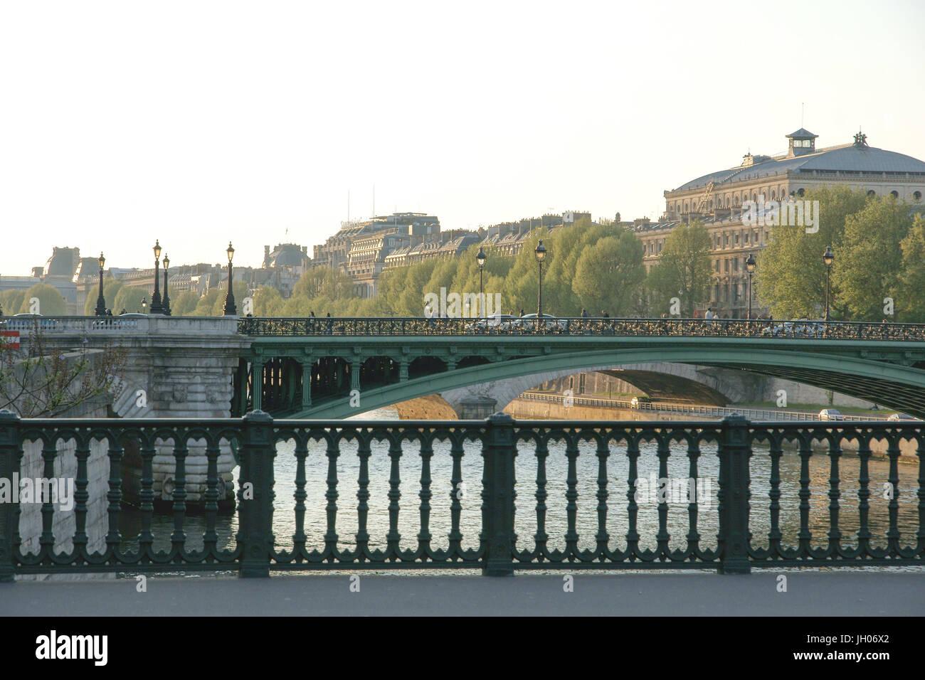 City, River, Pont d'Acrole & Pont Louis-Philippe, 4ème arrondissement, (75004), Paris, France - Stock Image