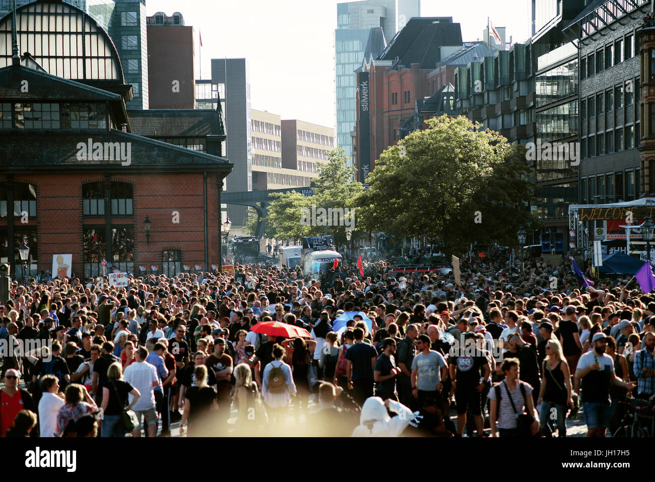G20 Summit, Welcome to hell - Stock Image