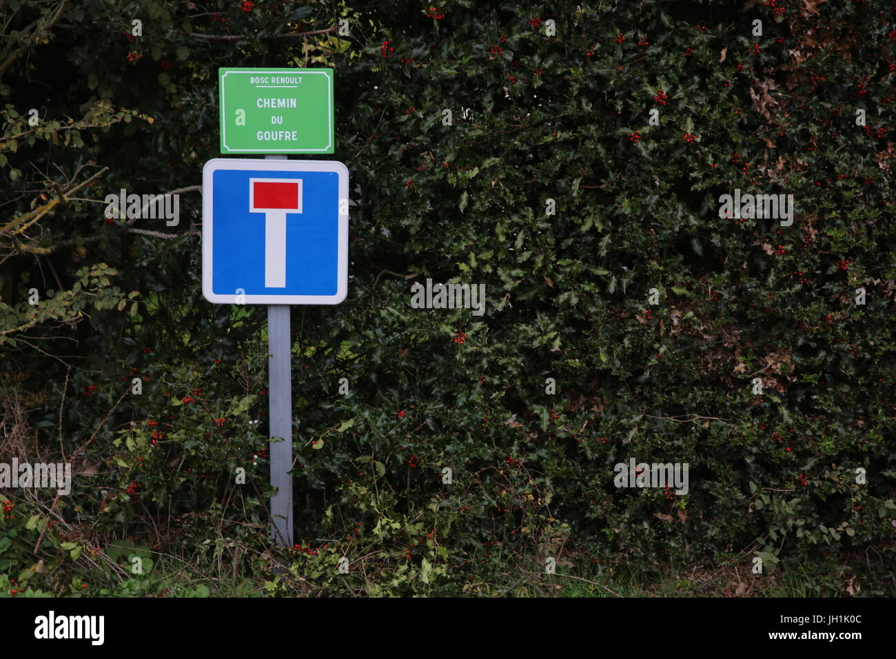 Dead end and name signs. France. - Stock Image